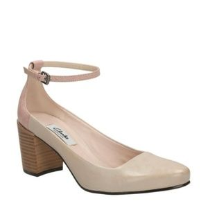 Clarks Cleaves Zest Oyster Ankle Strap Size  10